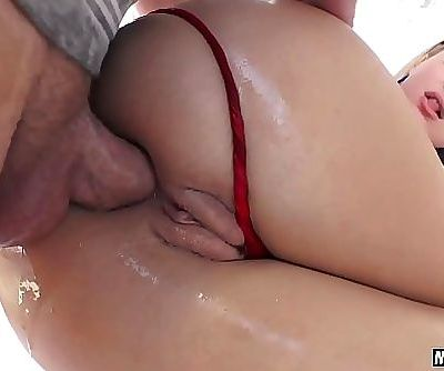 Natalia Starr gets assfucked until she gapes 6 min 720p