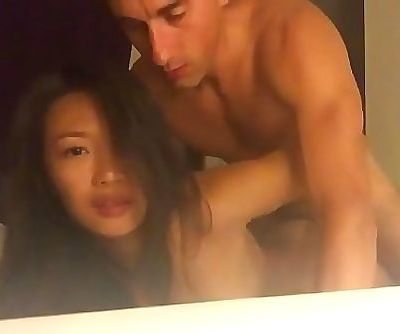 (Real homemade) Asian student fucked by her teacher 14 min 720p