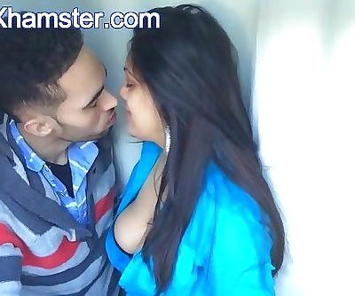 Lorena Indian Babe Kissing From Arxhamster