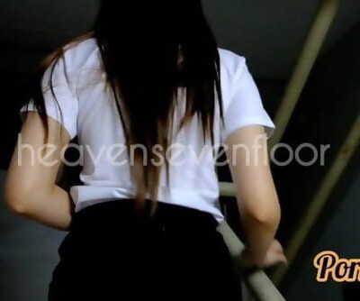 Thai ไทย น้องริน ม.ดังขาวสวย ครางเสียว..