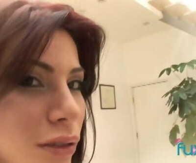 Latina Alexa Nicole Gets Facial from BBC
