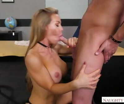 Naughty America - Find your Fantasy Nicole Aniston Fucking in the Desk