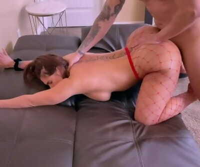 Submissive Thick Ass Girlfriend Gets a Rough Anal Fuck on Valentines Day