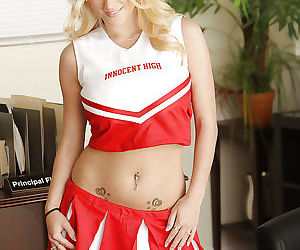 Juggy cheerleader Haley Cummings..