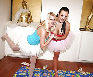 Lesbian teens in pantyhose &..