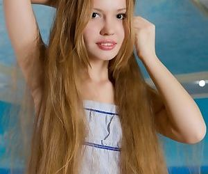 Thin teen sweetie Virginia Sun..