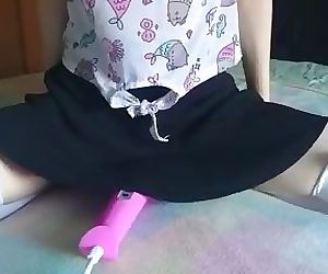 whats under her skirt - cute teen..
