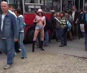 Pee In Town - 4 min