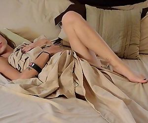 Lilyth Mae Teen Model Video..