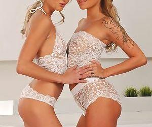 Teen lesbians Angel Piaff & Katy..