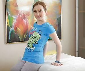 Teen cutie Angela I posing fully..