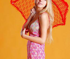 Foxy blonde babe Barbara spreads..