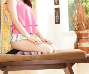 Teen cutie Jenna Reid posing..