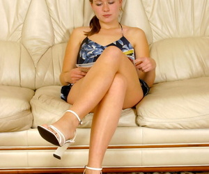 Blonde teen with nice legs rides..