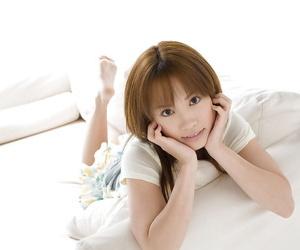 Asian teen cutie Reika Shina..