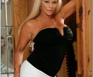 Blonde MILF Nikita Denise teases..