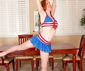 Busty teen redhead Kierra Wilde letting all natural tits..