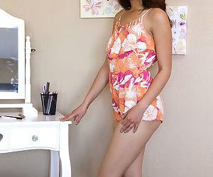Skinny flat chested Melody Wylde displays dark nipples &..