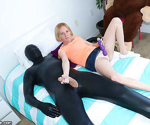 Tiny young Alyssa Hart toys pussy with vibrator giving..