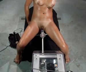 Fucking Machines Dahlia Toy