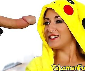 A Wild Pikahoe Appears! First PokemonGo XXX scene! 6 min HD