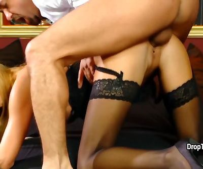 Blonde bitch try fat dick for size her ass