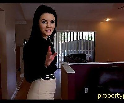 Young real estate agent gets her skills tested by her boss - 7 min
