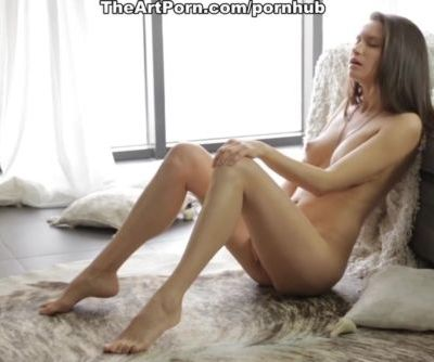 Naked seduction from the hot chick girl Nika