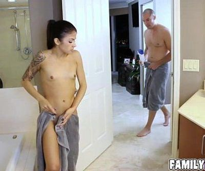 Gorgeous Sadie Pop loves to fuck for pleasures