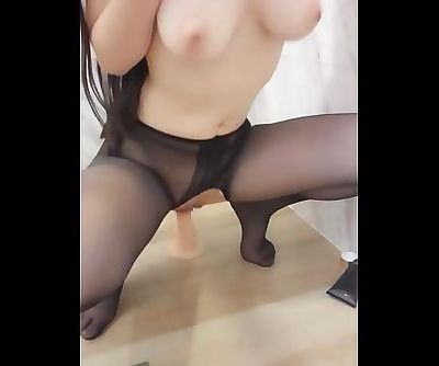 Perfect Body Chinese Cam Girl PR Masturbation 24