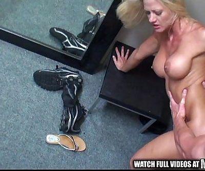pop holly heart pornhub mofos.com - 4 min