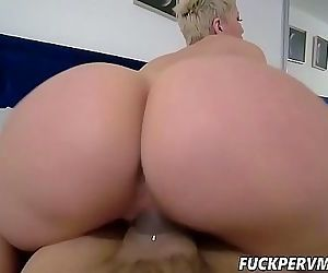Ryan Keely Fucked Her Hot Stepson..