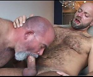 NastydaddyDaddy Bear And His Muscle Cub