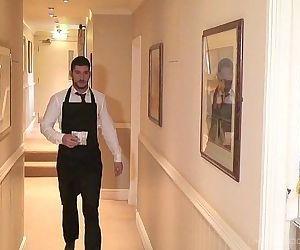 Room Service-Full HD