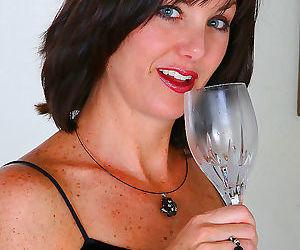 Elegant 35 year old sydney spread..