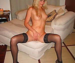 Hot amateur moms - part 1329