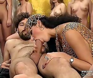 Vintage porn orgy from Private Classics 5 min