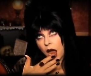 Elvira & Jennifer Tilly Killer..