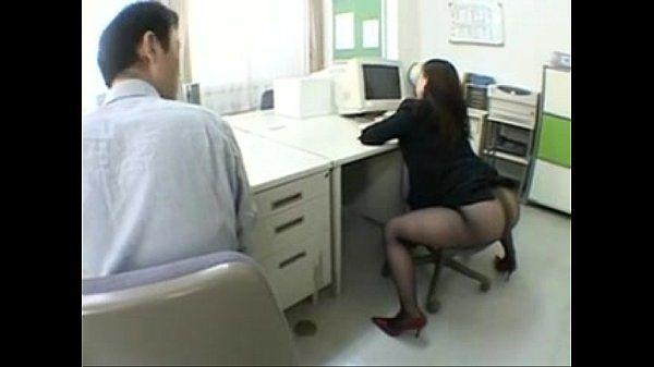 Big Ass Japanese Chick (1)