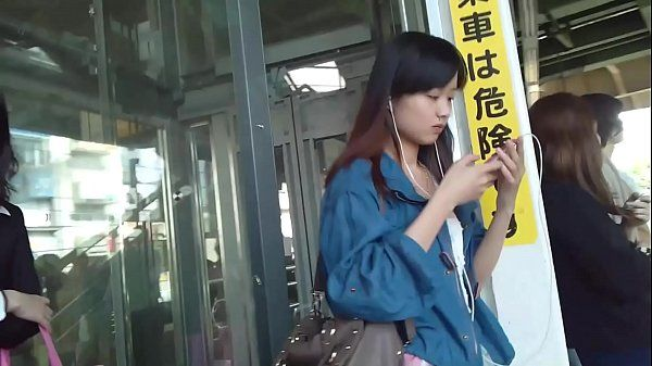 voyeur Japanese girls upskirt 2