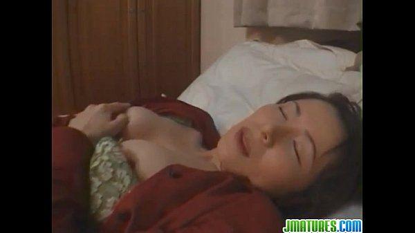Yukari amazes in her home solo