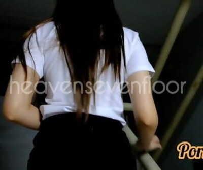 Thai student ไทย น้องริน ม.ดังขาวสวย ครางเสียว..