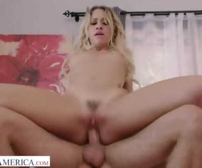Nasty America - Kelly Turner fucks like a goddess