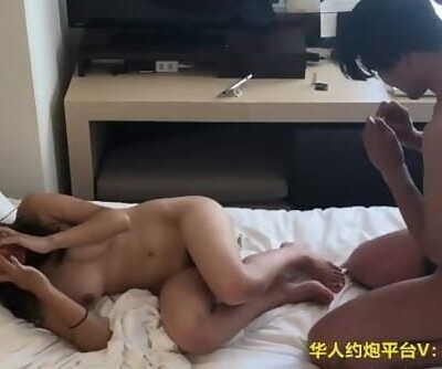 CHINESE国产高颜值露脸极品女神虎牙古阿扎在香港141和姐夫背着姐姐偷情口交性爱 Kaylen病房