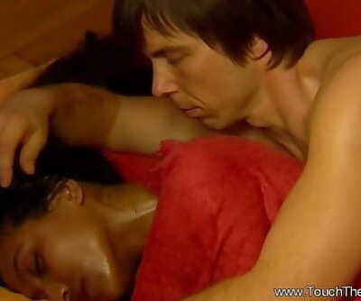 Exotic Yoni Massage From India 11 min 720p