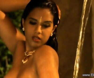 Allurement In Midnight India 11 min 720p