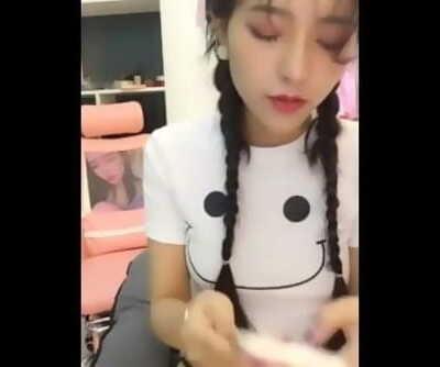 极品萝莉直播视频 粉奶粉逼 嫩奶 22-7-2019