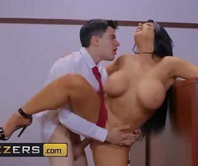 Big Butts Like It Big(Romi Rain, Jordi El, Nino Polla)Judge Jordi Anal About AlimonyBrazzers Ten min 1080p