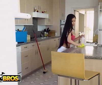 BANGBROSAsian Maid Jade Kush Screws Her Creeper Client After Cleaning Building 6 min 1080p
