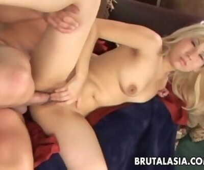 Blonde fat ass bitch has a scorching fuck to love